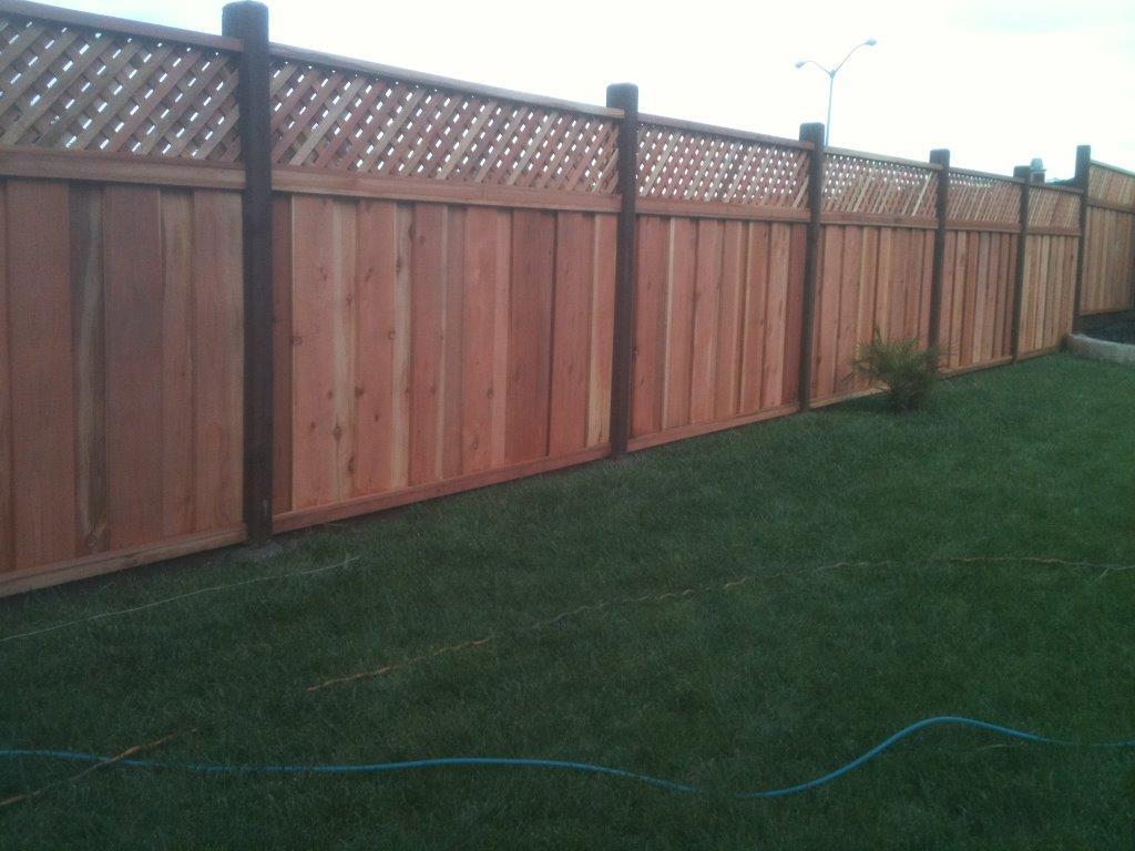 redwood good neighbor fence with lattice Livermore, CA