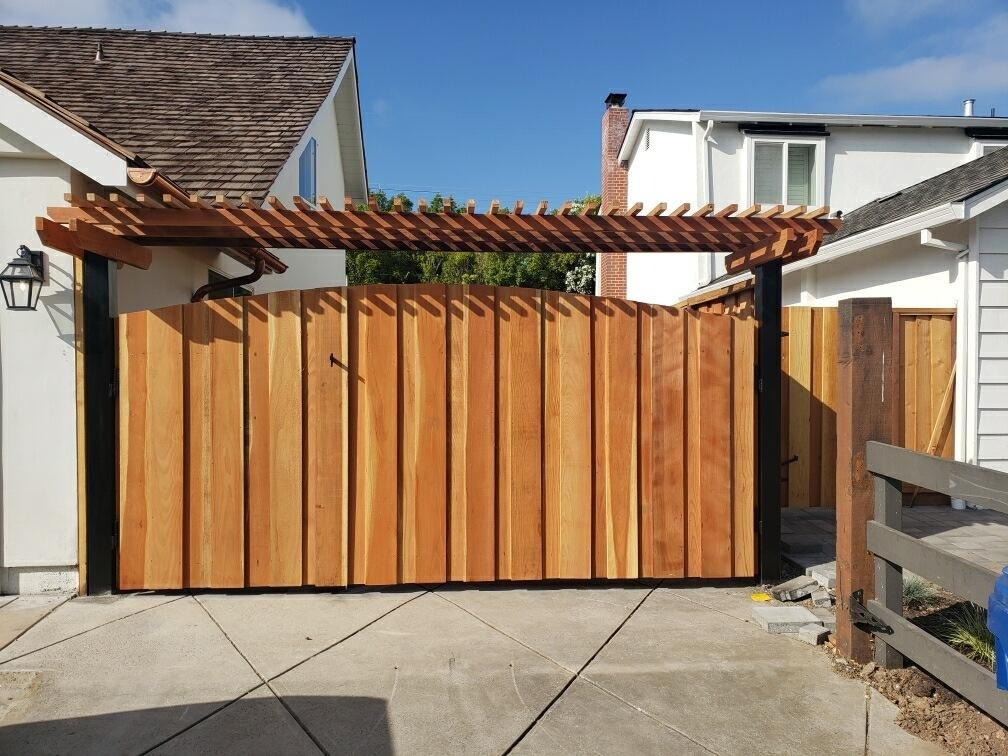 large redwood gate with pergola top Oakley, CA