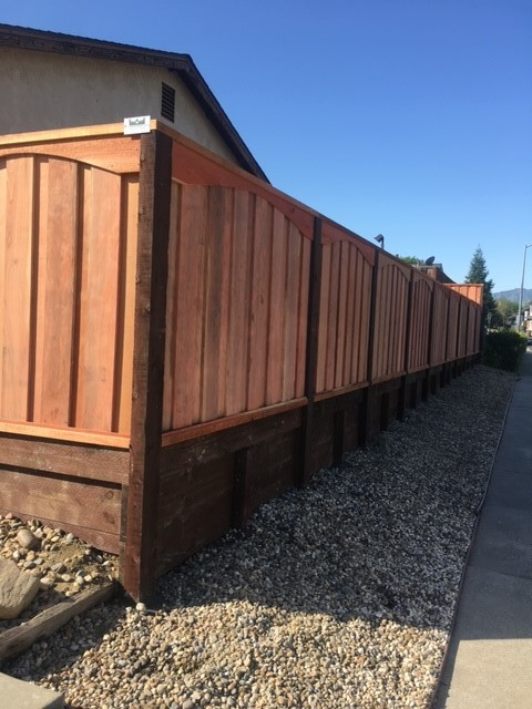 good neighbor redwood privacy fencing Brentwood, CA