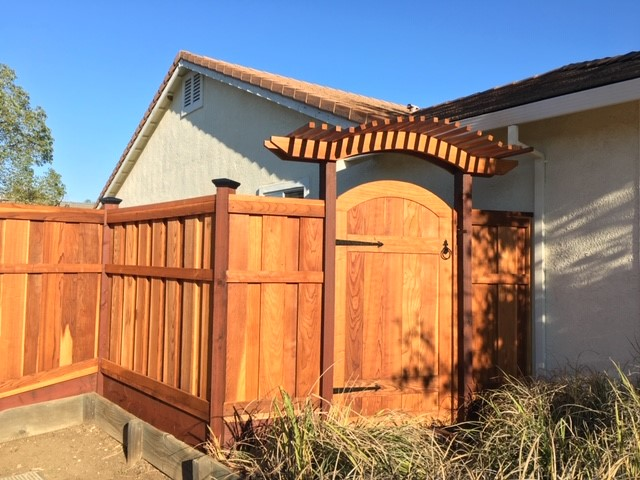 Good Neighbor Fence with Decorative Arbor and Gate Oakley, CA