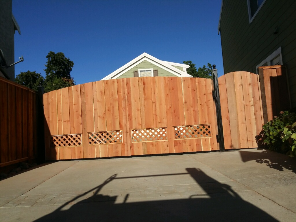redwood double gate with lattice cut out Brentwood, CA