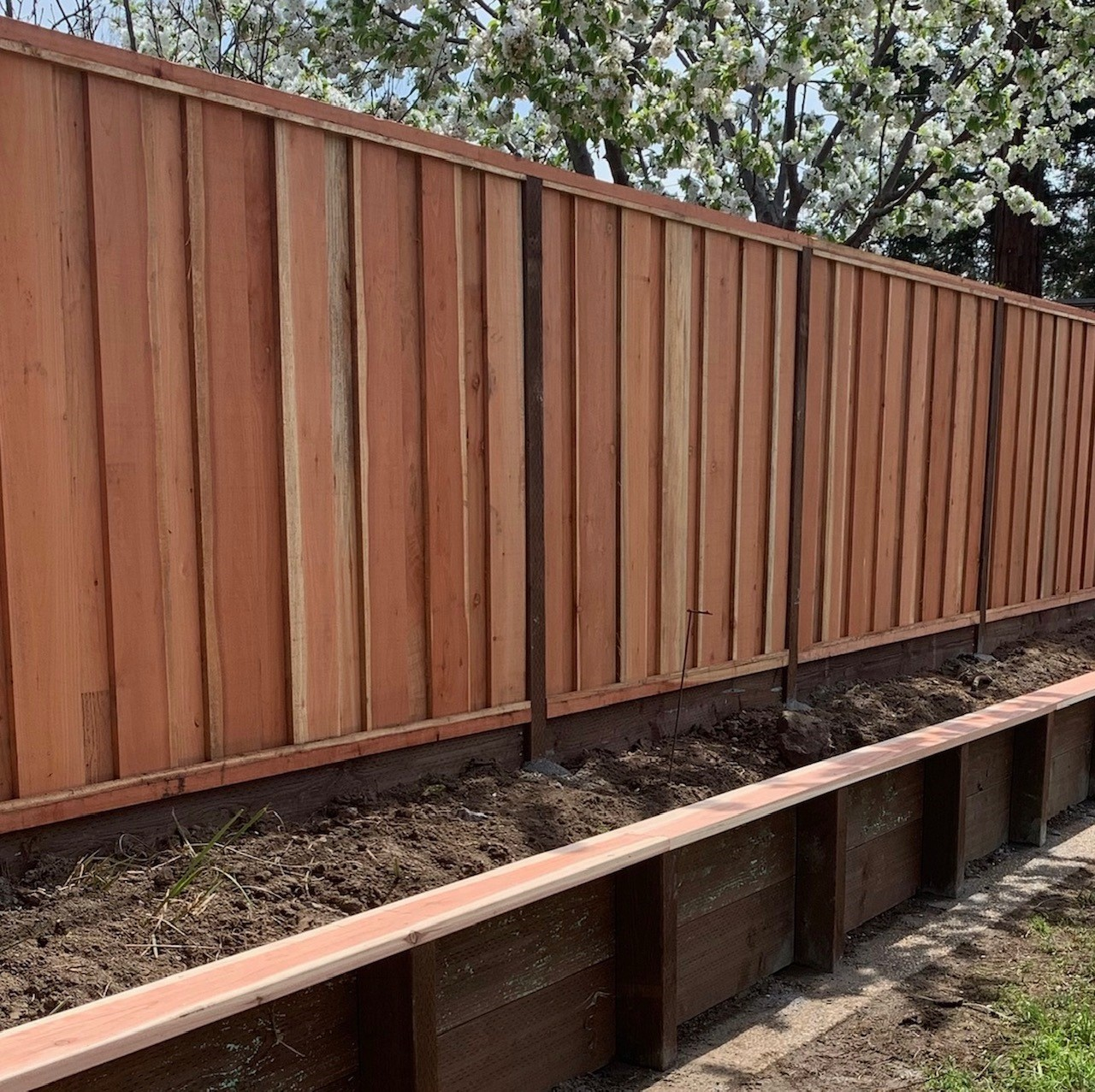 redwood fence and retaining wall Oakley, CA