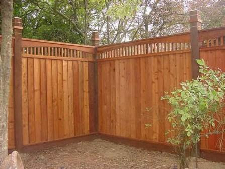 closed louver redwood fence with 2x2 lattice Oakley, CA