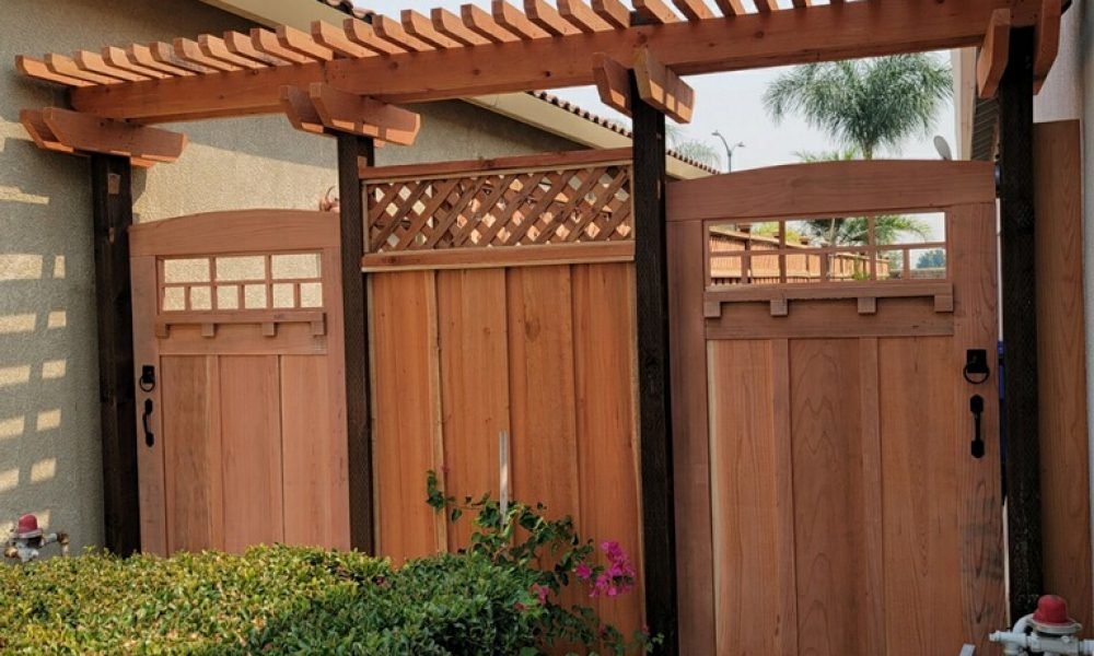 custom gate with arbor